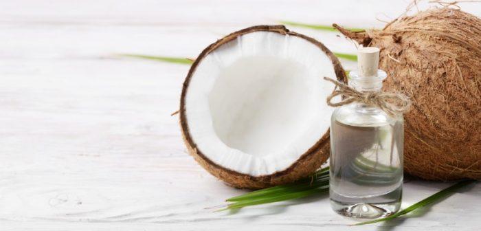 beneficiile uleiului cu nuca de cocos